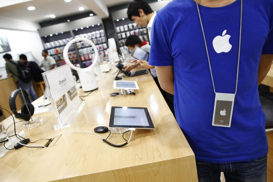 apple-store impiegato fake, è uno scherzo