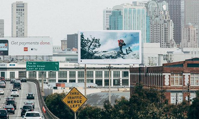 shot-on-iphone-cartello-pubblicitario