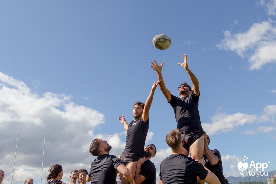 giocatori rugby rimessa squadre apptoyou agenzia digital agency roma milano outdoor app to you