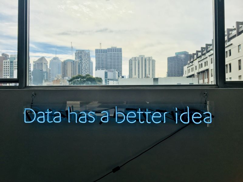Big Data, data driven marketing, data analisys, marketing personalizzato, ai, machine learning, data, big data analyst